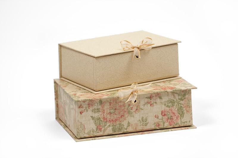 Treasure Boxes in Essence Vanilla and Antique Pink Designs