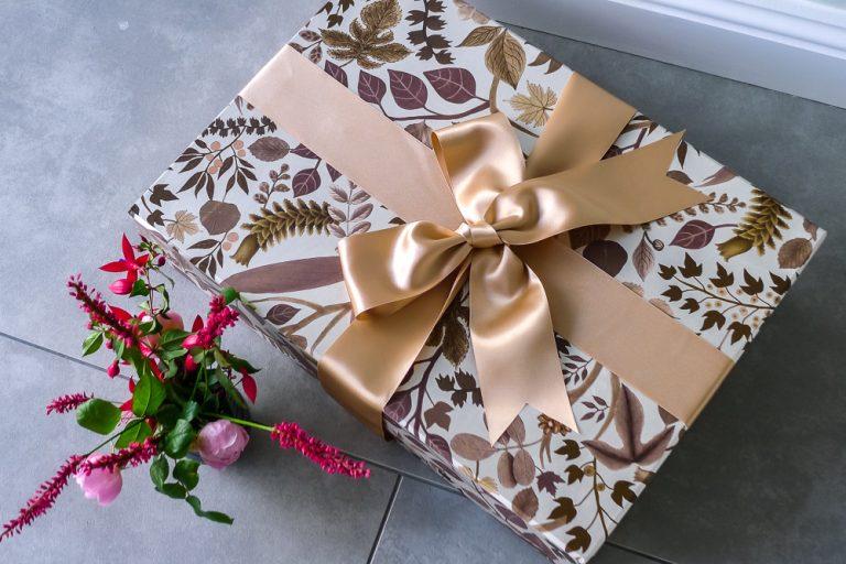 Saree presentation Box in Eden Bronze