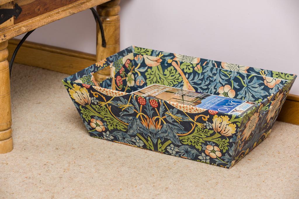 Laundry Trug in William Morris